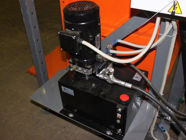 Гидравлический привод [опция ТЛ-1680]