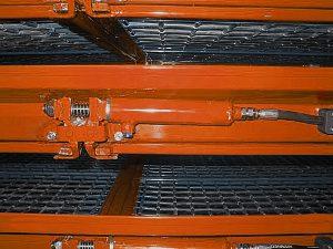 Машина калибровочная решетчатая встряхивающая МКРВ-312